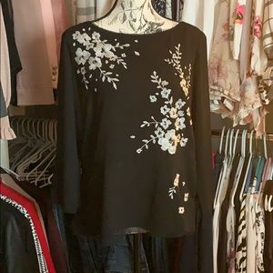 White house black market embroidered blouse